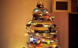 christmas tree of books weihnachtsbaum aus Büchern